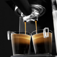 Cafetera Semi-automática Power Instant-ccino 20 Touch Serie Nera  CECOTEC